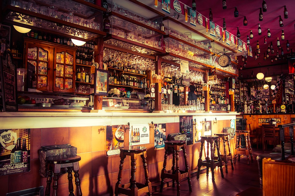 Try out some of Boston's best (and oldest) bars, like the popular Publick House in Brookline.